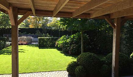 Kleine tuin ontwerp en realisatie van uw tuin groenseizoen tuinen